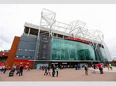 Manchester United close megastore and cancel Old Trafford