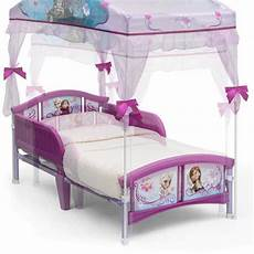 toddler beds with a canopy outintherealworld