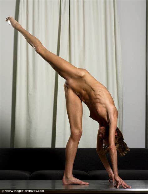 Lori Douglas Nude Pics