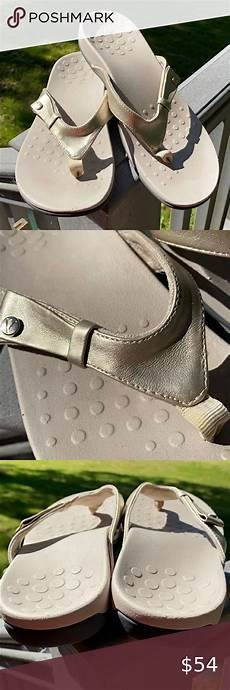 Soft Science Shoes Size Chart Vionic Leather Metallic Sandals Size 8 8 5 In 2020