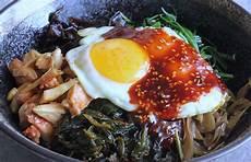 koreansk kylling koreansk bibimbap med vilde r 229 vare opskrifter snilde dk
