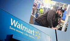 At40 Chart Store Angry Walmart Customer Gets On Intercom American Top 40