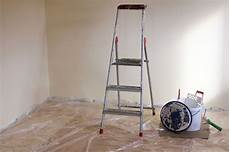 renovieren lustig renovierung bei auszug das sollten mieter wissen blauarbeit