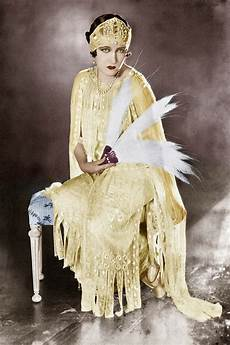 1920s fashion history the iconic who defined it