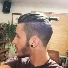 männer frisuren zopf undercut undercut zopf bei m 228 nnern haare frisur friseur
