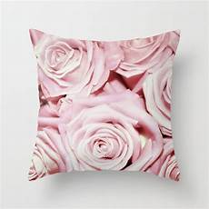 beautiful bed of pink roses floral flowers throw