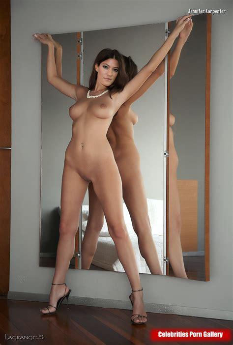 Dokota Fanning Nude