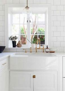 Farmhouse Kitchen Faucet 25 Gorgeous Kitchens With Farmhouse Sinks Connecticut In
