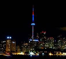Cn Tower Light It Up Blue 70 Incredible Night View Pictures Of Cn Tower In Canada