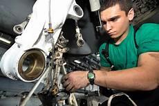 Aircraft Technician Opportunities Run Sky High For Aircraft Mechanics
