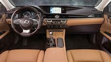 Lexus Es 2020 Interior by 2019 Lexus Es300h Interior And Exterior Walk Around