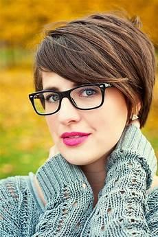 kurzhaarfrisuren damen und brille 20 best hairstyles for with glasses hairstyles