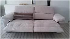 divani d occasione occasione divano puccini in tessuto con sedute allungabili