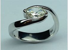 1.52 CTW Marquise Diamond Solitaire Horizontal Swirl