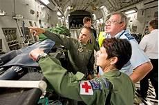 Air Force Flight Medics U S New Zealand Air Force Medical Experts Exchange Ideas