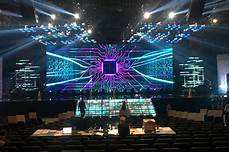 Different Stage Designs How A Stage Design Legend Creates Sets For Beyonce Lady