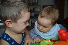 wie babys gestillt werden wie dein baby und dein kleinkind jetzt auf gleich