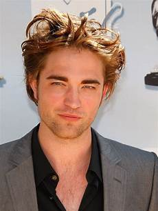 here s how to pull off robert pattinson s hair gq