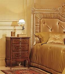 da letto antiquariato da letto classica louvre comodino in noce finitura