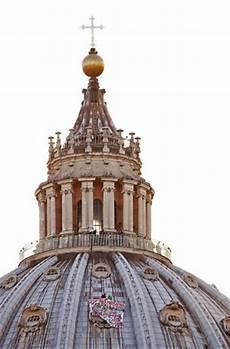 visitare la cupola di san pietro notte sulla cupola di san pietro l imprenditore triestino