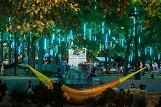 Park In Philly With Lights Top 15 Things To Do At Spruce Street Harbor Park And