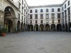 cortile capuana porta capuana picture of castel capuano naples