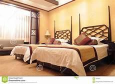 da letto doppia doppia da letto dell albergo di lusso immagine