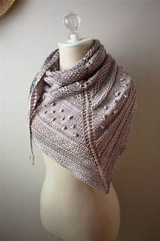 shawl knitting pattern chunky textured knit dk weight yarn
