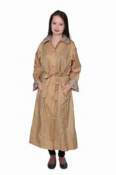 Light Raincoat Women S Light Weight Hooded Raincoat With Travel Pouch