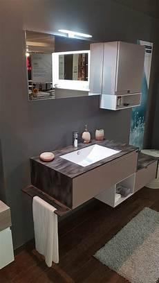 corian prezzo outlet mobile bagno sospeso con top in corian arredo