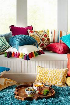 39 bright and colorful living room designs home decor