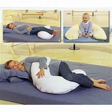 cuscino per dormire consiglio cuscino per l allattamento anche per la