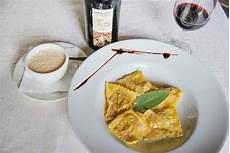 tortelli di zucca alla mantovana primi tipici mantovani di pasta fresca da trattoria