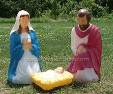 Outdoor Lighted Plastic Nativity Set Lighted Outdoor Nativity Scene Holy Family