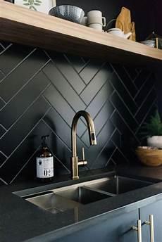 black kitchen backsplash ideas 25 ideas to renovate your kitchen on a budget digsdigs
