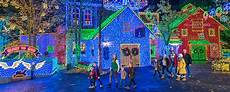Branson Mo Christmas Light Show Branson Theme Park Rides Amp Attractions Silver Dollar City