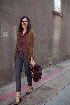 Women Interview Attire What Should Women Wear For A Job Interview 2020