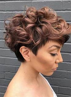 kurzhaarfrisuren mit locken frauen 15 collection of growing out pixie haircuts for curly hair