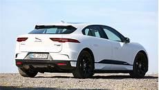 jaguar ziel 2020 jaguar elektroauto i pace droht batterie engpass ecomento de