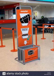 cabin baggage for easyjet easyjet cabin baggage size at belfast international