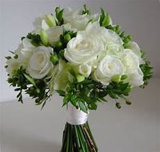 funny pictures gallery white and green flowers wedding