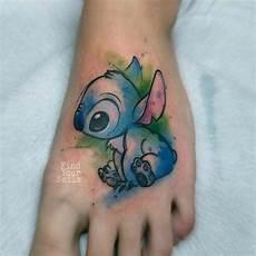 stitch on foot tatuaje de puntada tatuajes al