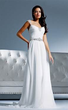 white formal dress plus size style