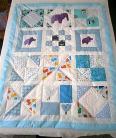 patchwork enfant couverture b 233 b 233 plaid patchwork bleu blanc enti 232 rement