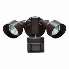 Motion Sensing Outdoor Light Bulbs Defiant 180 Degree Motion Outdoor Security Light Df 5599