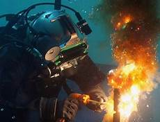 Underwater Welding Become An Underwater Welder With The Water Welding Career