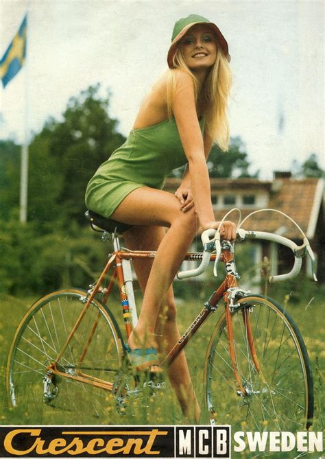 Jenna Fischer Sexy Photo