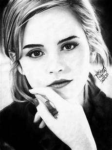 desenhos realistas de celebridades por tatiane ramos