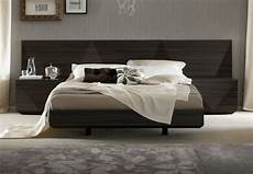 Modern Headboard Lacquered Made In Italy Wood Luxury Platform Bed With Two