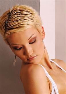 kurzhaarfrisuren schneiden feminine hairstyles 2012 2013